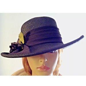 MR. CHARLES FINE STRAW HAT W/PURPLE SILK FLOWER